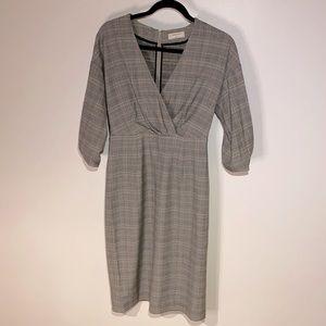 Babaton Kurt Plaid dress puff sleeves Size 4